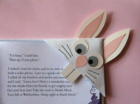 funny-corner-bookmark-rabbit